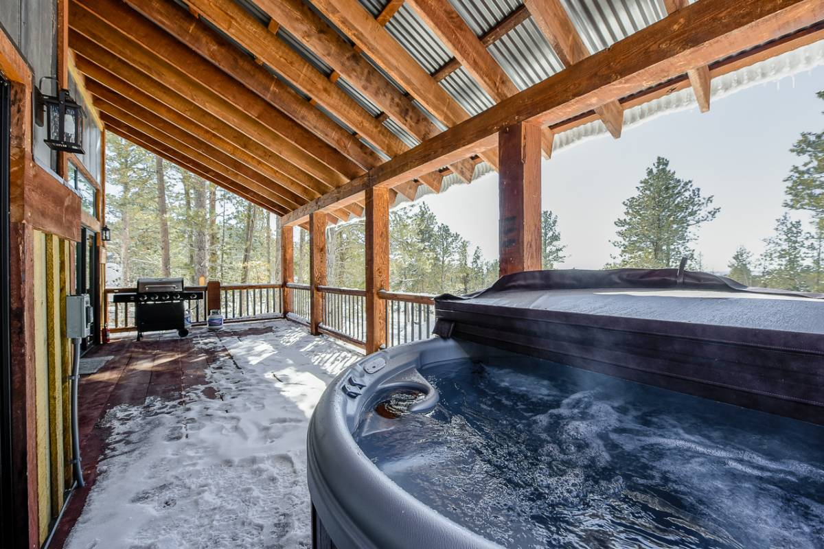 Alta Vista Hot Tub