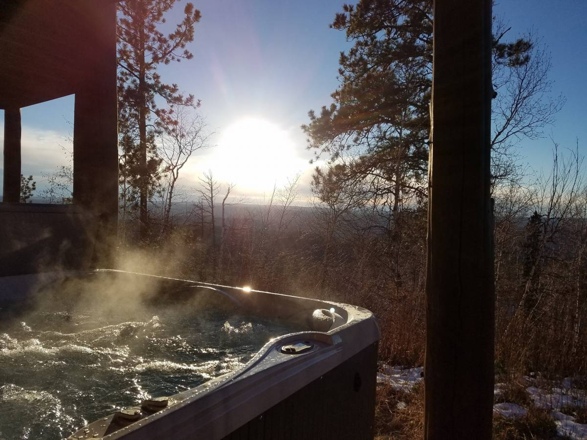 Stone Lodge Hot Tub'