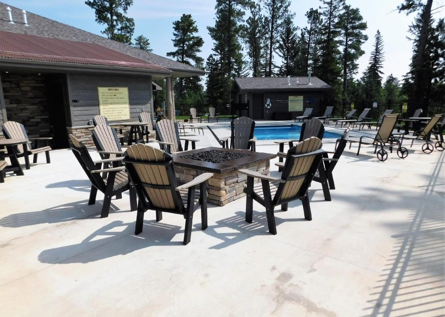 Powder House Pass Community Pool and Patio