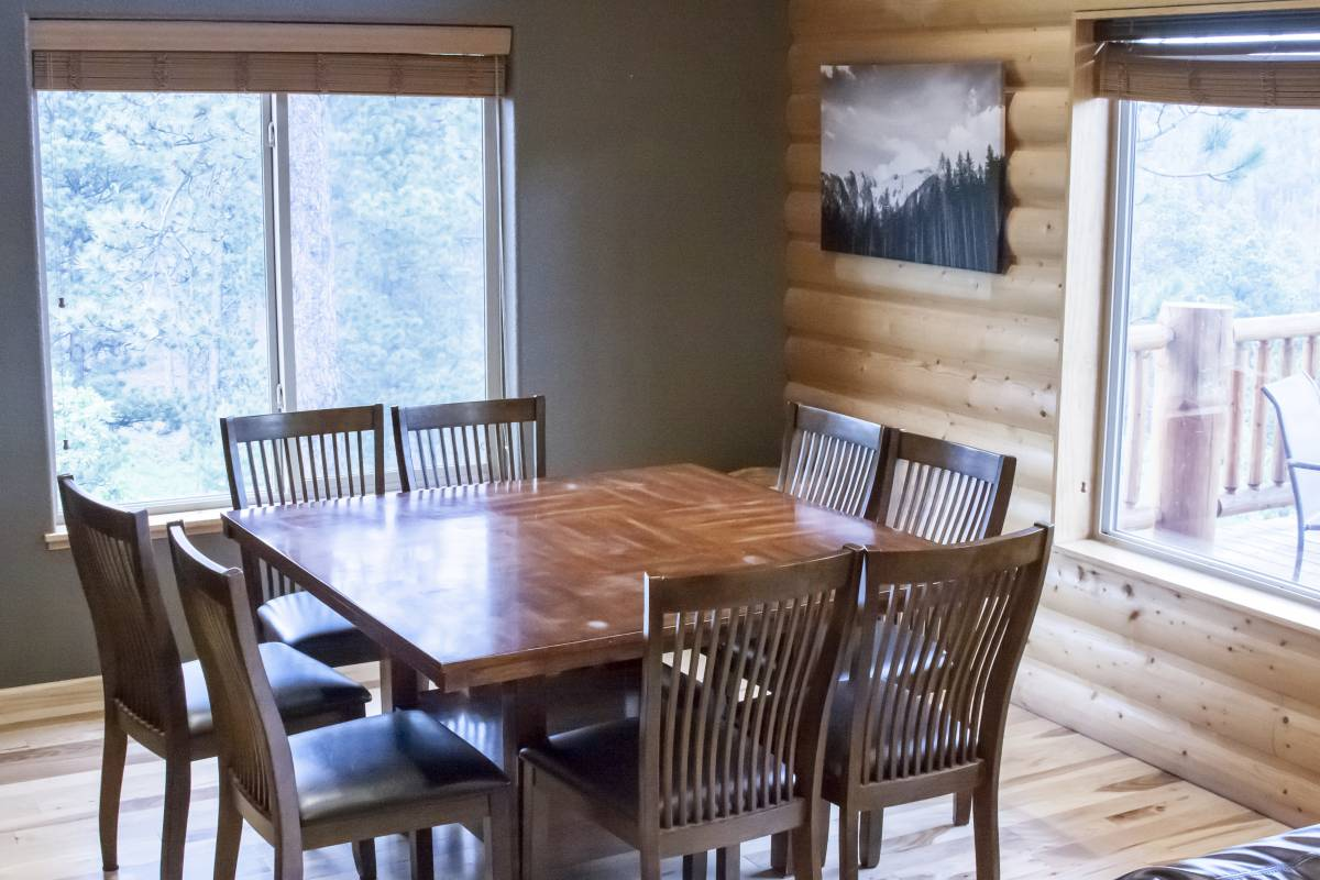 Aspen Ridge Red Dining Room